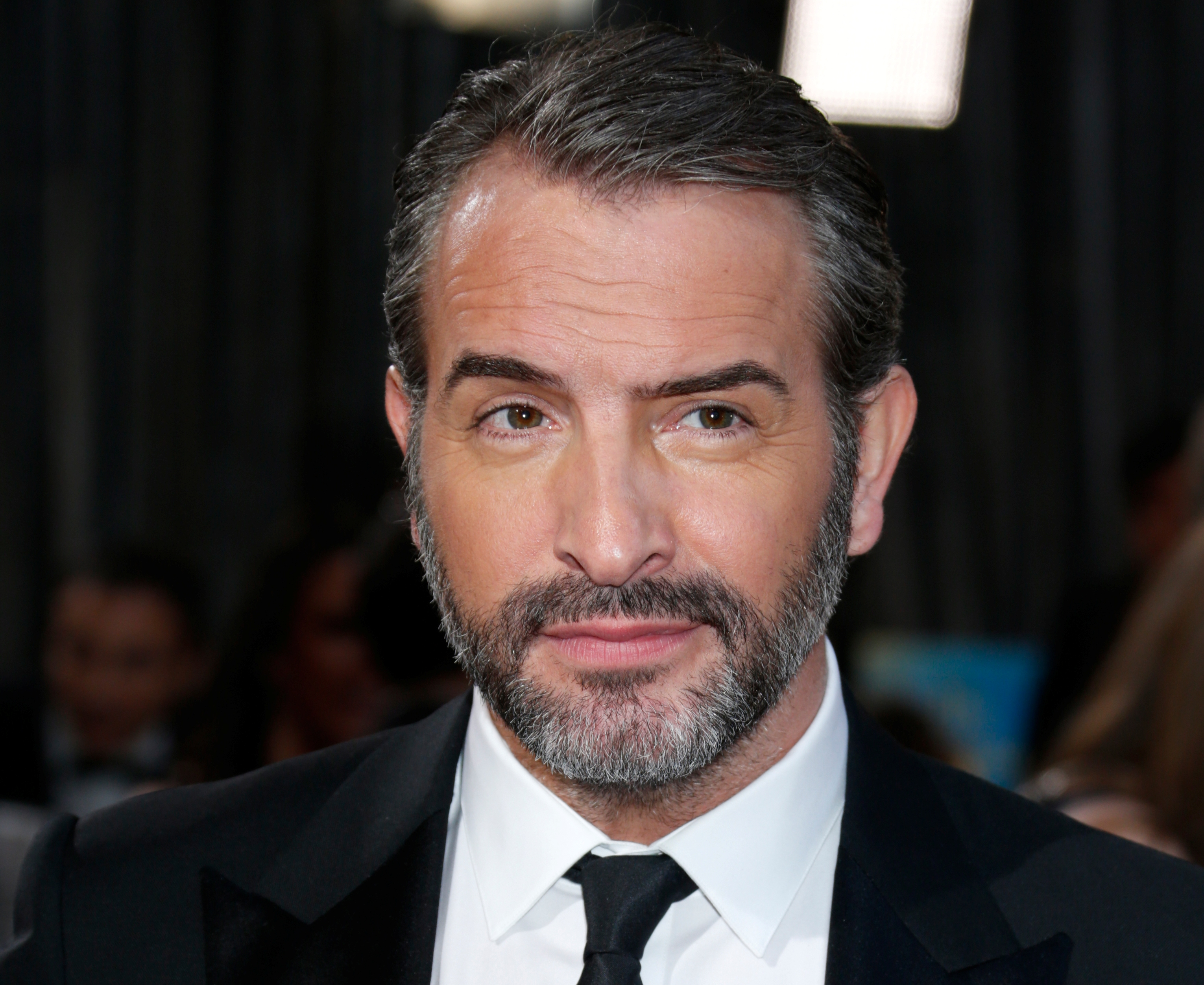 Jean dujardin parrain des illuminations de no l sur les for Jean dujardin photo
