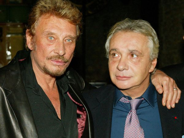michel sardou rend hommage son ami johnny hallyday. Black Bedroom Furniture Sets. Home Design Ideas