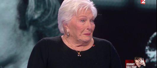 Line Renaud fond en larmes en rendant hommage à Johnny Hallyday