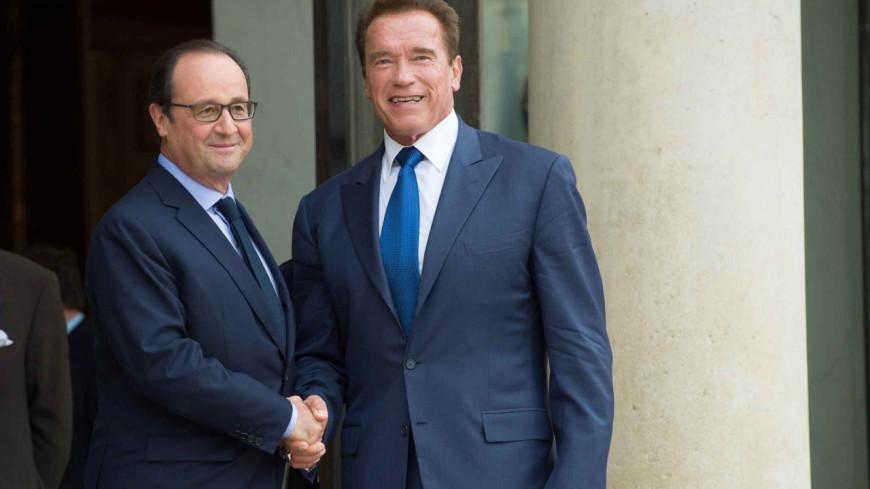 François Hollande récompense Arnold Schwarzenegger