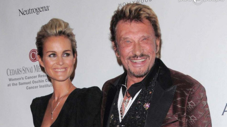 21 ans de mariage pour johnny et laeticia hallyday. Black Bedroom Furniture Sets. Home Design Ideas