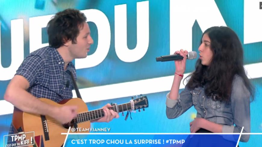 (Vidéo) Vianney chante avec une fan dans TPMP