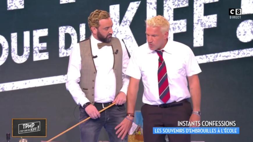 (VIDEO) Benjamin Castaldi avoue avoir cassé la main d'un professeur douteux.