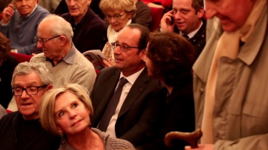 (VIDEO) François Hollande au théâtre…