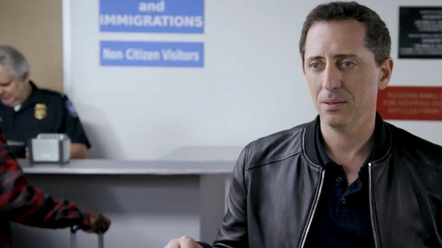 Gad Elmaleh galère à l'immigration américaine — Humour