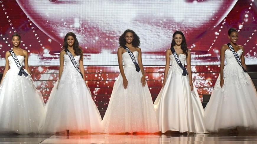 Miss France 2018 : découvrez les portraits officiels des 30 prétendantes