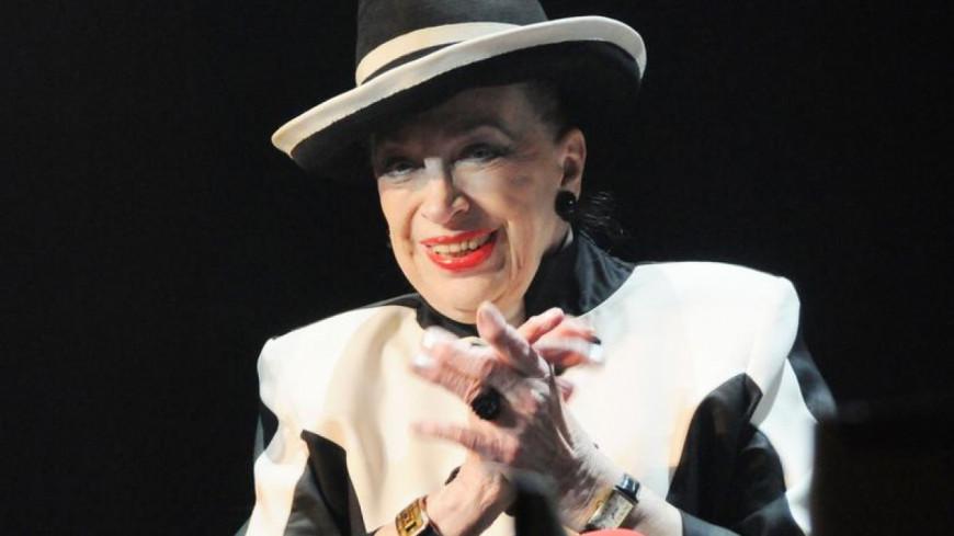 Geneviève de Fontenay est fière d'Iris Mittenaere !