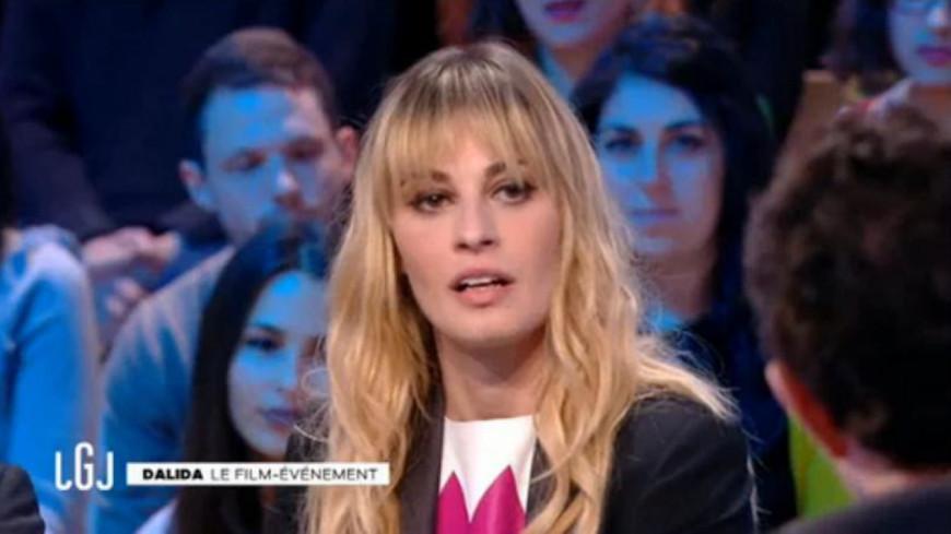 (Vidéo) Malaise impressionnant de Sveva Alviti hier soir au Grand Journal.